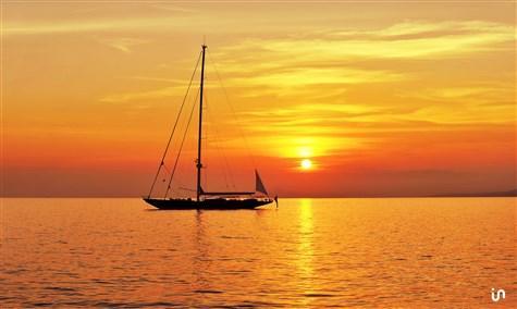 Sunset Sailing Konvex2