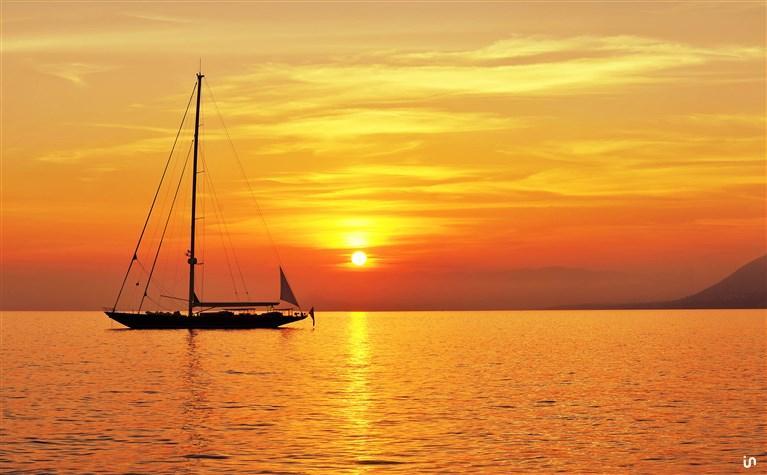 Sunset Sailing Konvex6