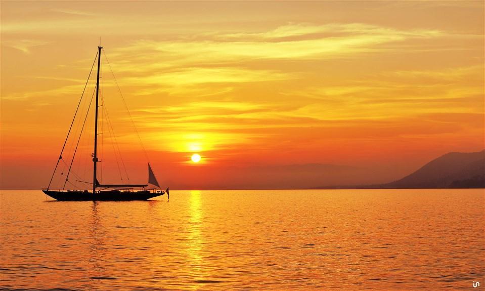 Sunset Sailing Konvex9
